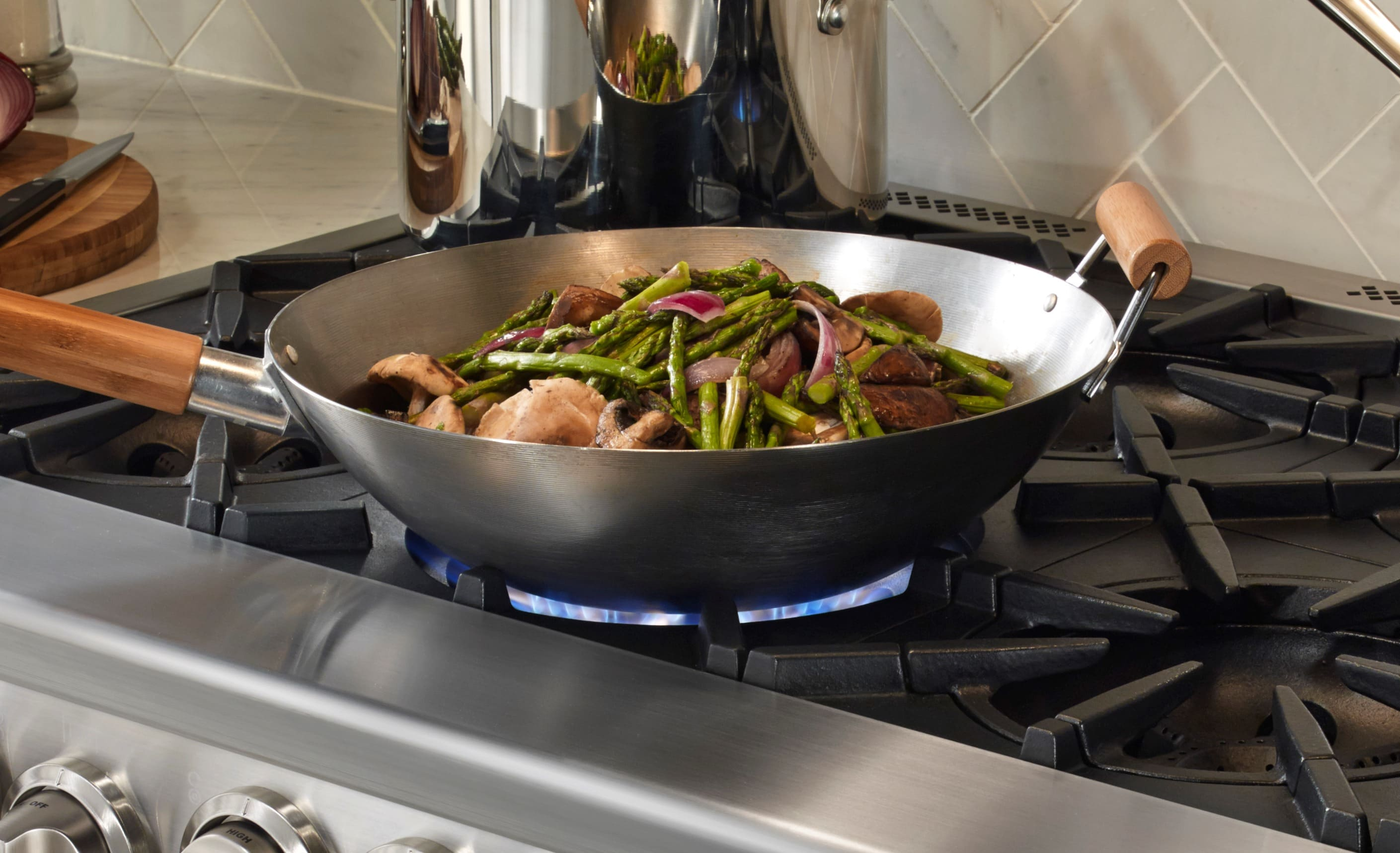 . BlueStar's integrated wok cooking feature allows you get the bottom of the pan directly over the flame.