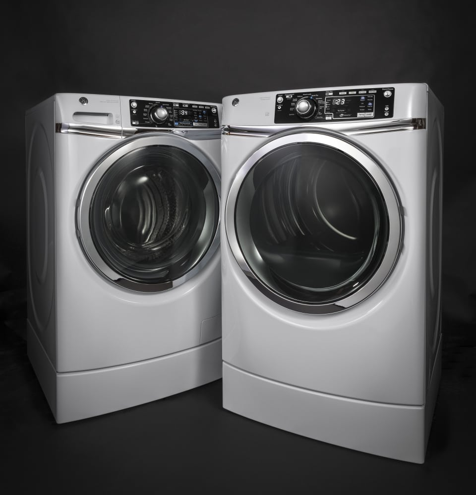 GE GFW490RSKWW 28 Inch Front Load Washer with 49 cu ft Capacity