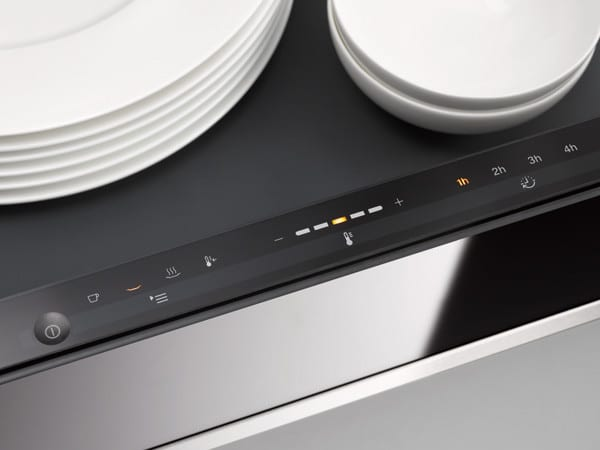 Miele Esw6214brws 24 Inch Warming Drawer With Fan Assisted