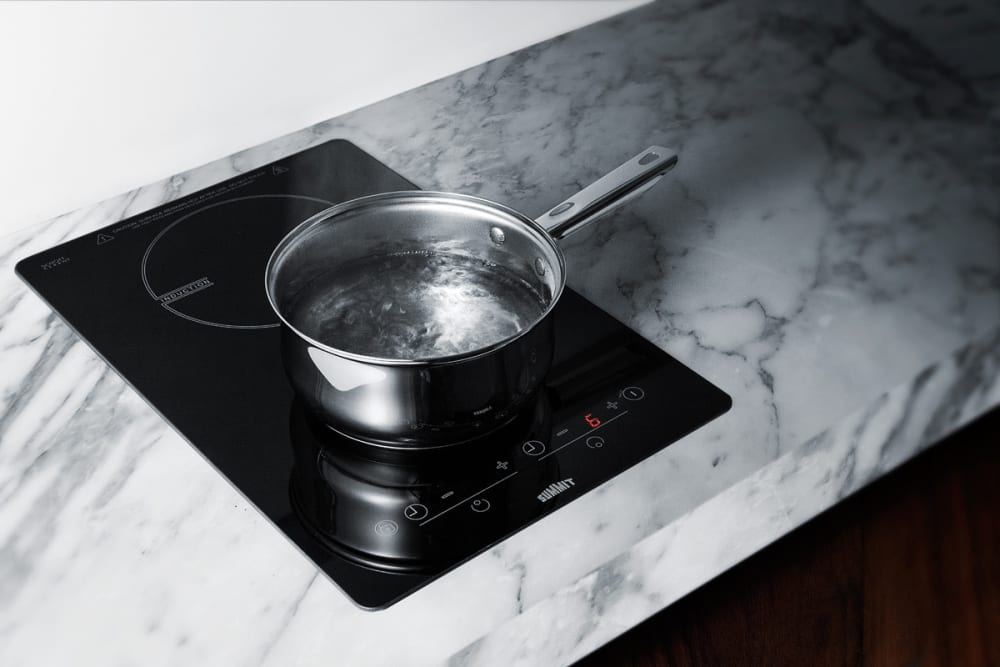 summit sinc2b120 featured view summit sinc2b120 induction cooktop lifestyle view