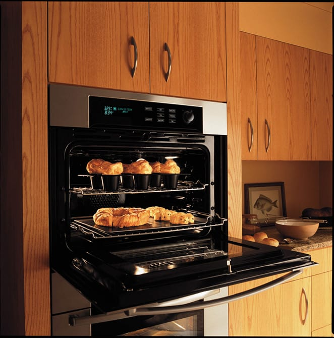 Bosch 800 Series Hbl8650uc Convection Bake