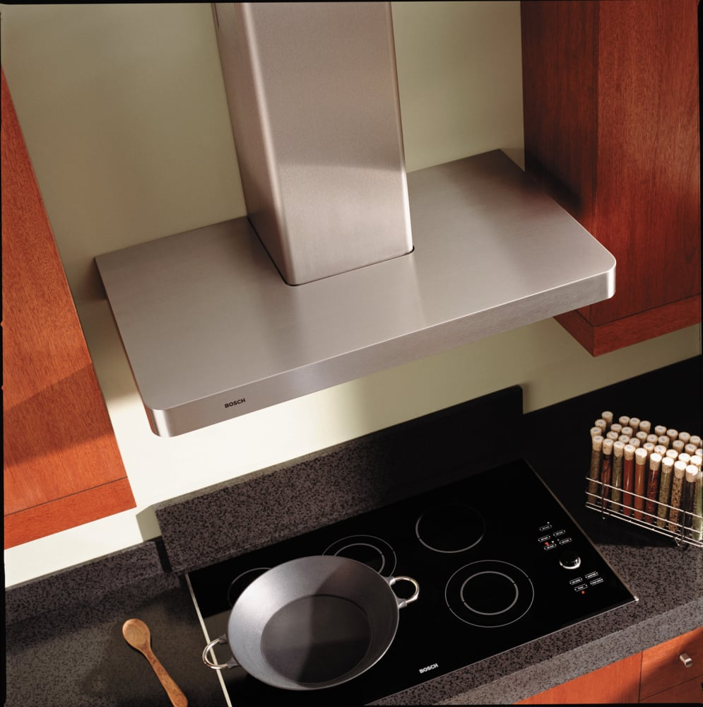 Bosch Dke9465muc Wall Mount Chimney Hood With 600 Cfm