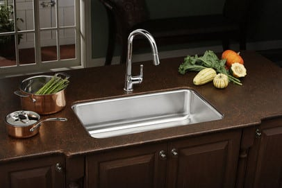 ... Elkay Lustertone Collection ELUH281610   Kitchen View