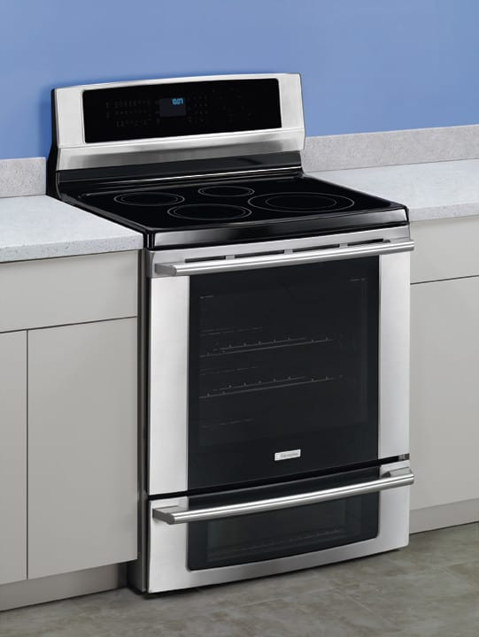electrolux ew30if60is 30 inch freestanding induction range with 5 7 cu ft self clean. Black Bedroom Furniture Sets. Home Design Ideas