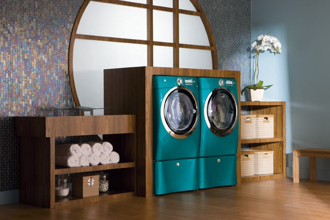 electrolux ewmed65hts laundry room view