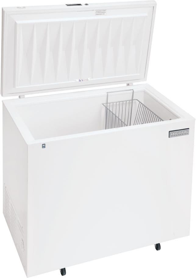 Frigidaire FCCS071FW 7.2 Cu. Ft. Commercial Chest Freezer