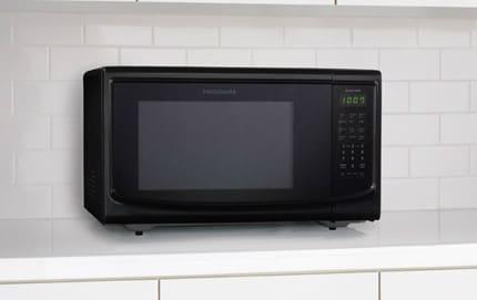 Frigidaire Ffce1439lb 1 4 Cu Ft Countertop Microwave