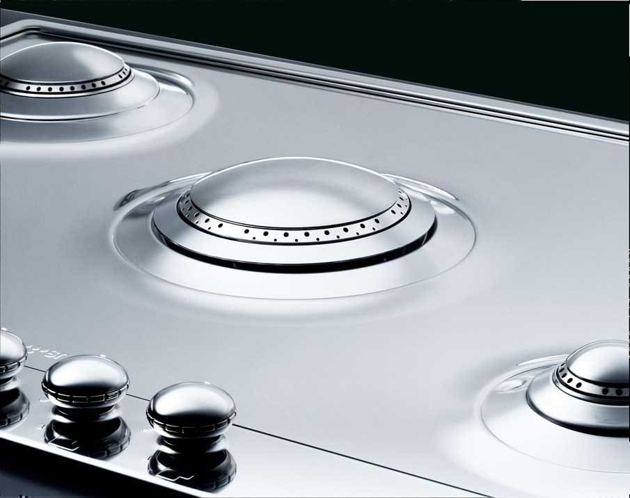Smeg Pu75 28 Inch Gas Cooktop With 5 Sealed Burners 1