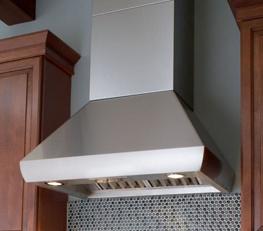 Wolf Pwc482418 48 Inch Wall Mount Chimney Range Hood With
