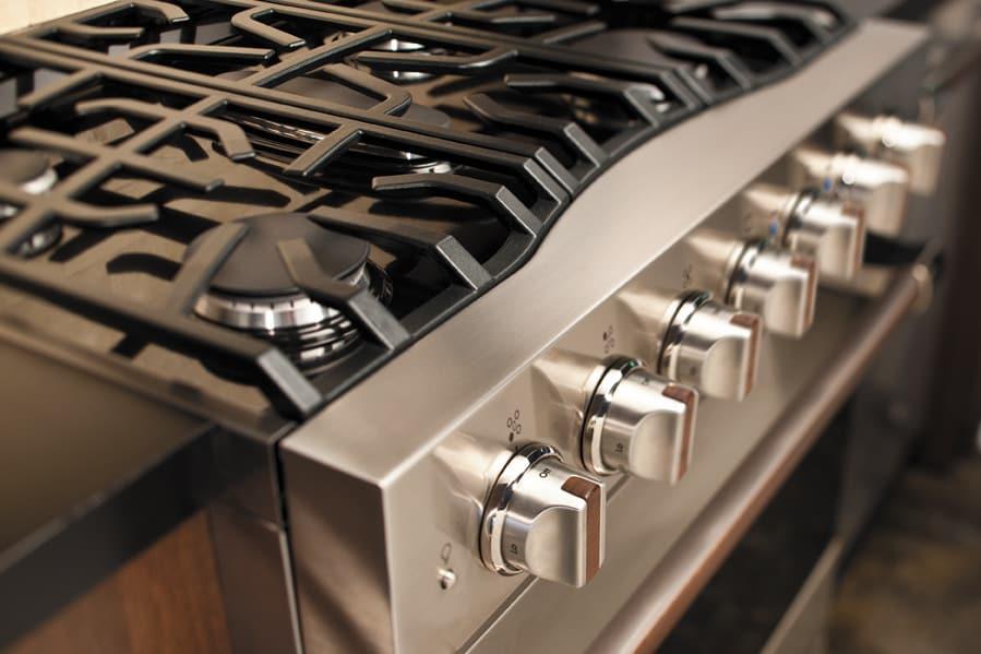 White Kitchen Appliance Color
