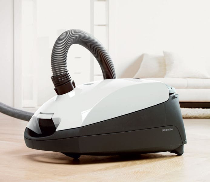 Miele S2121delphi Delphi Canister Vacuum Cleaner With 1200