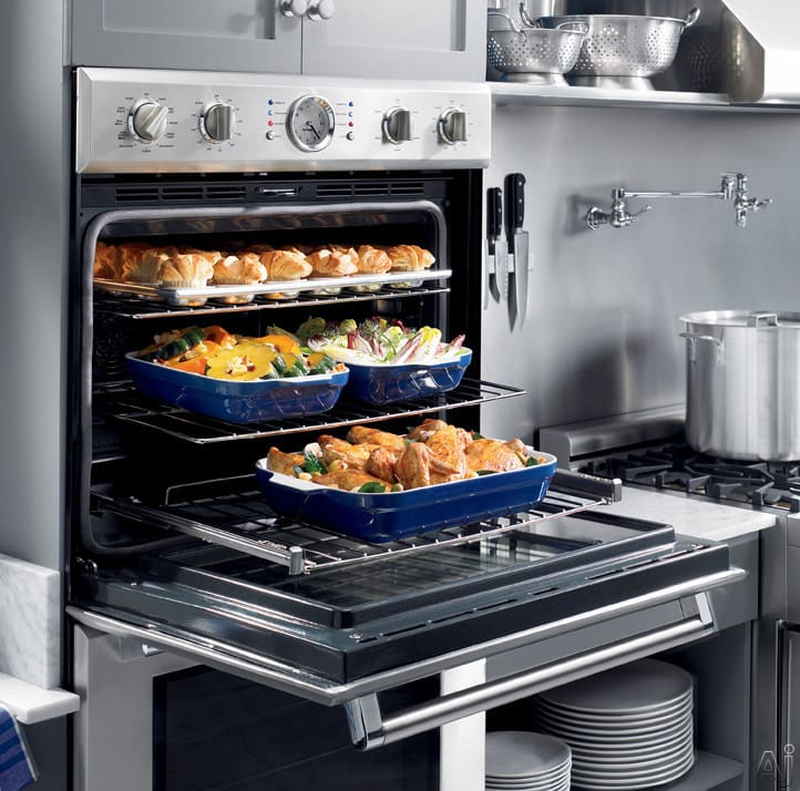 Thermador Pomw301 30 Inch Triple Combination Wall Oven