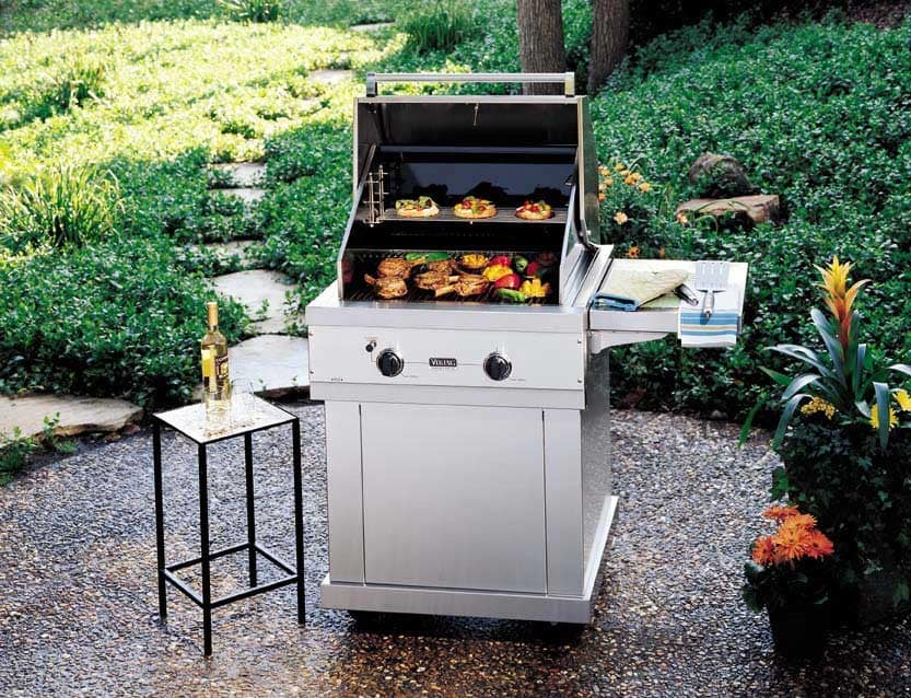 Viking vgbq0302t 30 inch built in gas grill with 563 sq for Viking built in grill