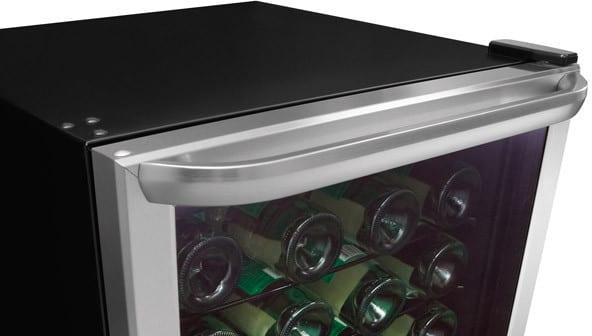 Frigidaire Ffwc42f5ls 22 Inch Freestanding Wine Cooler