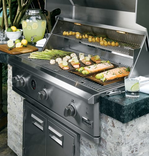 Monogram ZGG420NBPSS 42 Inch Built-in Gas Grill With 1,200