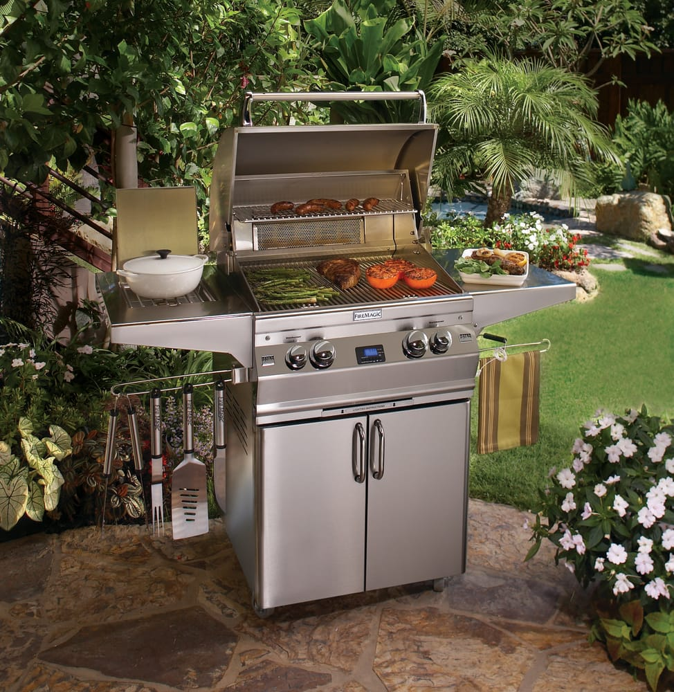 Fire Magic Outdoor Kitchen: Fire Magic A660S6E1P62 62 Inch Freestanding Gas Grill With