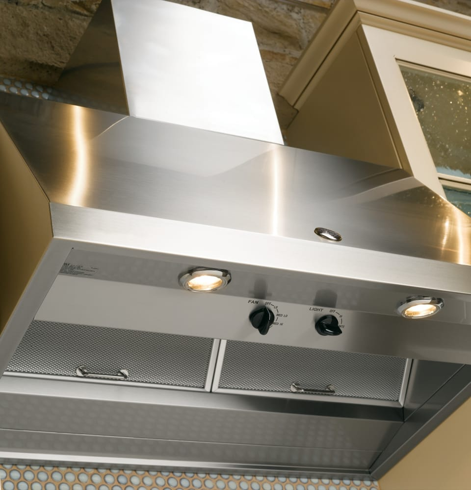 ge cv936mss 30 inch wall mount range hood with 4 speeds  halogen lighting  night light  590 cfm