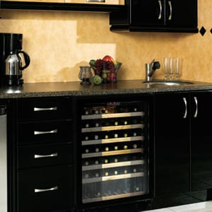 Danby Dwc512bl 23 Inch Undercounter Wine Cooler With 50
