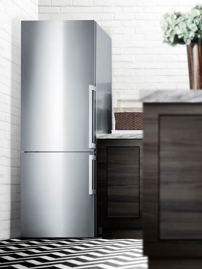 https://assets.ajmadison.com/image/upload/c_limit,f_auto,fl_lossy.progressive,h_1000,q_auto,w_1000/v1/ajmadison/images/large_no_watermark/ffbf286sslhd_summit_refrigerator_7.jpg