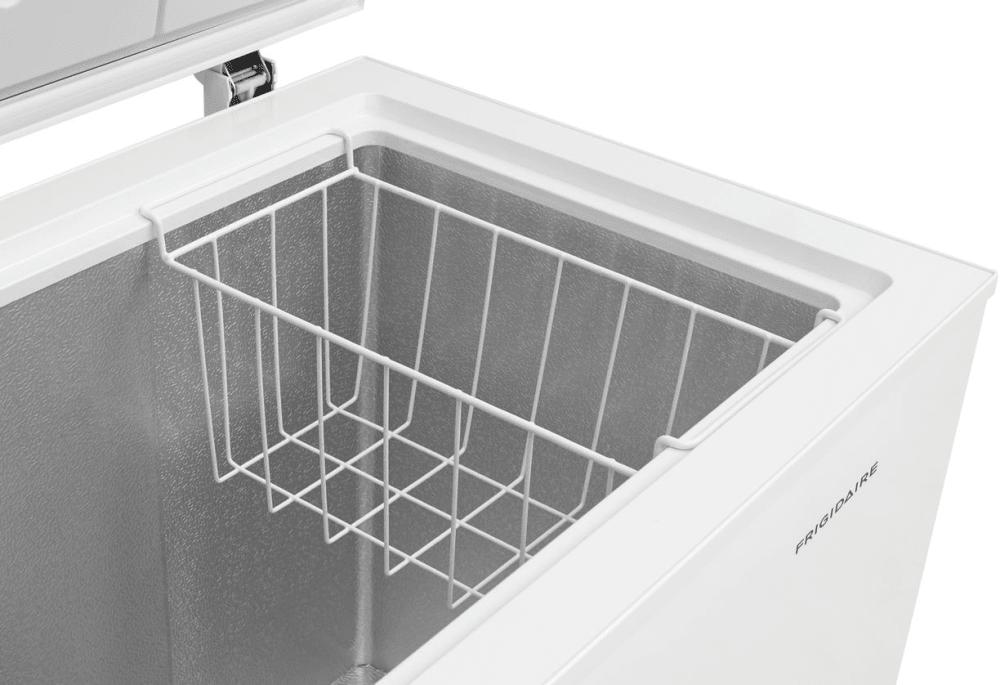 Frigidaire Fffc07m1tw 38 Inch Freestanding Chest Freezer