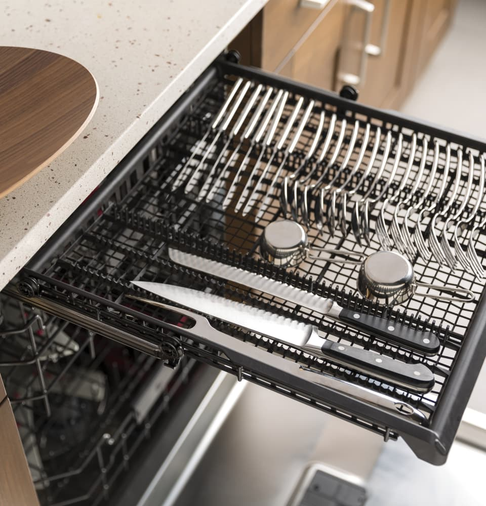 Ge Cdt865ssjss Fully Integrated Dishwasher With Over 140