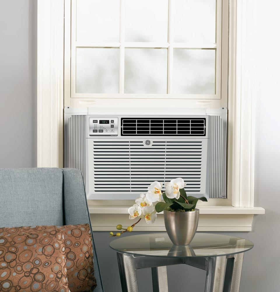 GE AED08LV 8,200 BTU Room Air Conditioner with 230 CFM, 12.2 EER ...