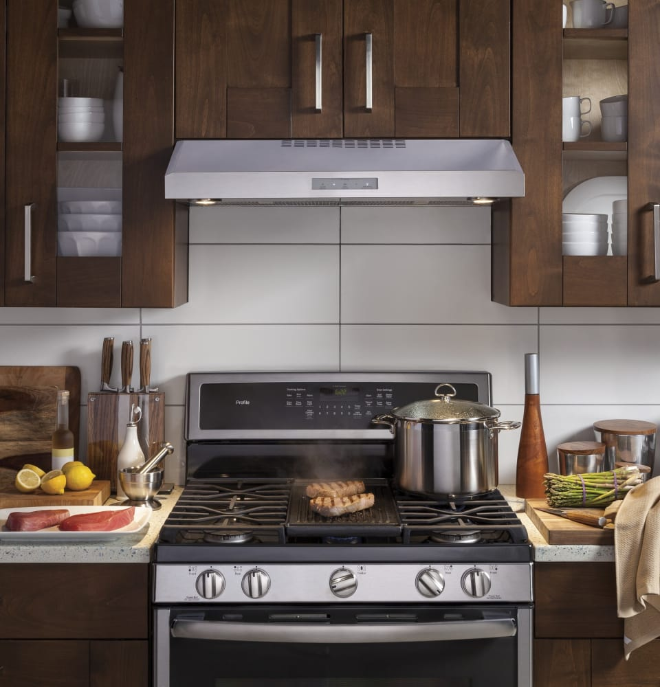 ... GE Profile PVX7300SJSS   Under Cabinet Range Hood In Stainless Steel ...