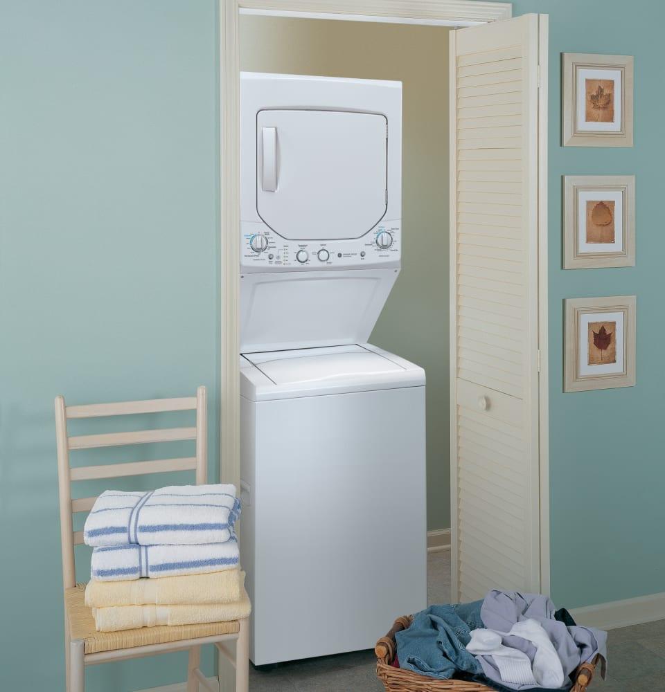 Ge Gud24gssjww 24 Inch Gas Laundry Center With 2 0 Cu Ft