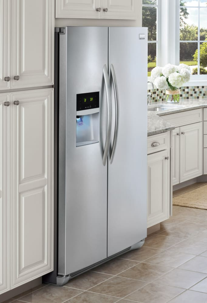 ... Frigidaire Gallery Series FGHC2331PF   Lifestyle View ...