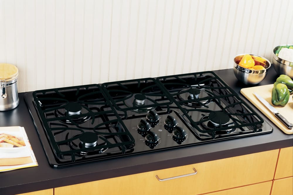 Gas Countertop Range Kitchen Cooktops: GE JGP633DETBB 36 Inch Gas Cooktop With 5 Sealed Burners
