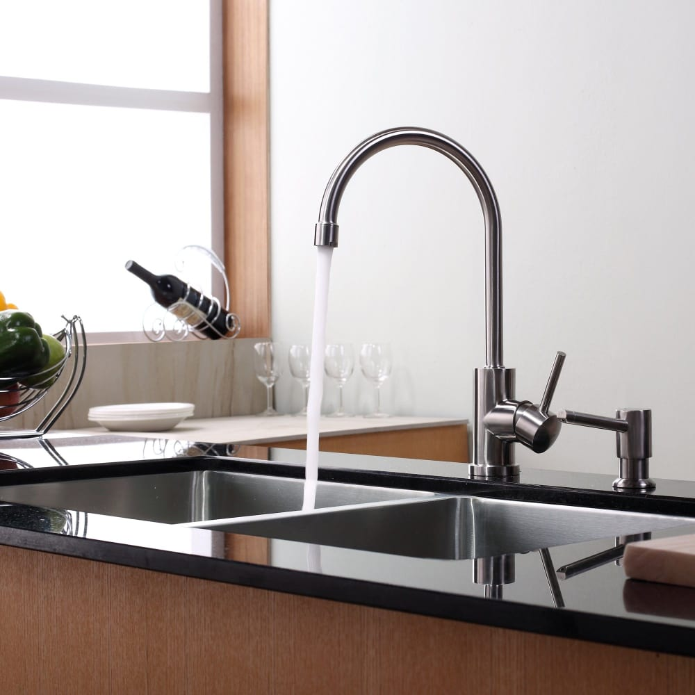 Kraus Kitchen Faucet Series Kpf2160sd20 Lifestyle View