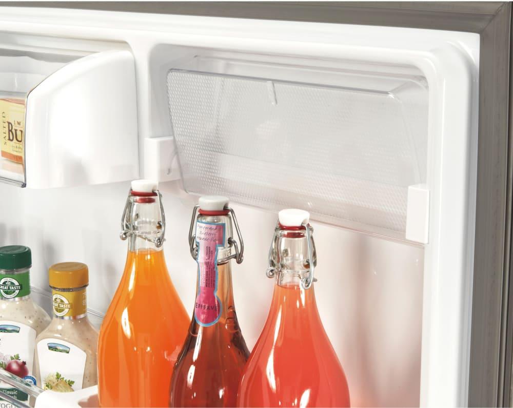Lg Ldcs22220s 30 Inch Bottom Freezer Refrigerator With