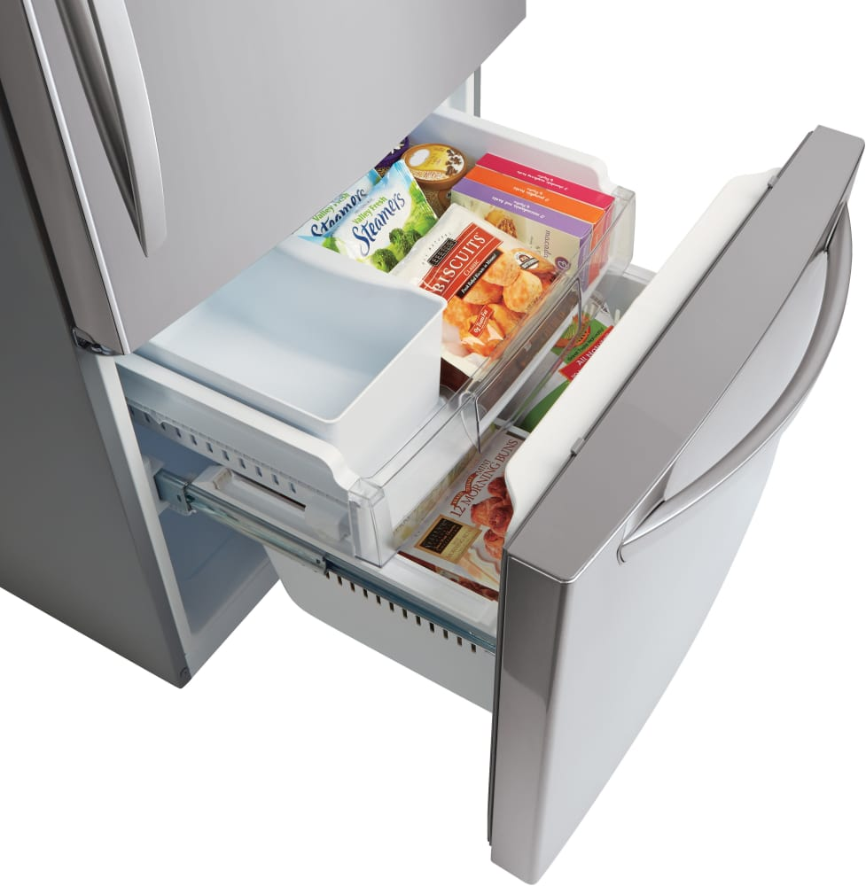 ... LG LDCS22220S   The Freezer Includes An Ice Maker.