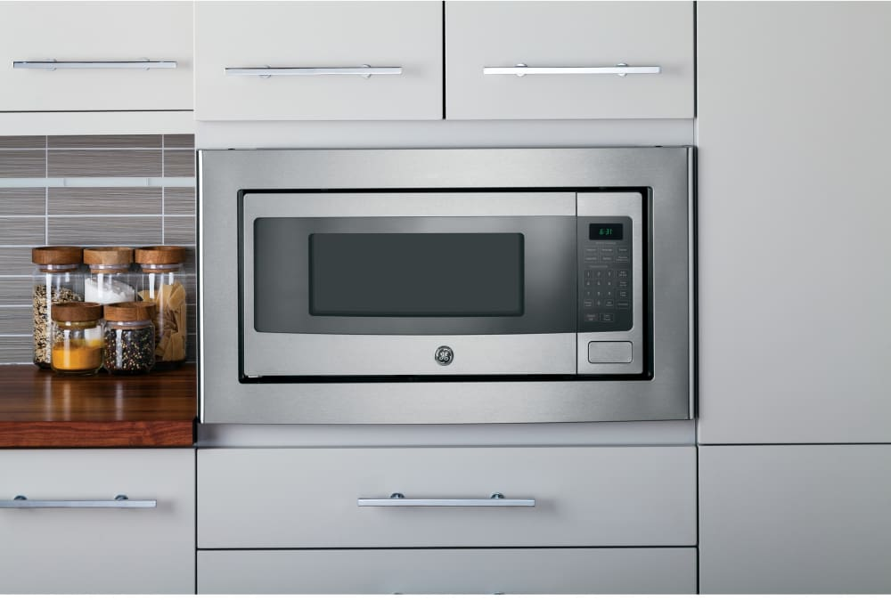 Countertop Microwave Oven With 800 Watts Ge Profile Pem31sfss Control Console Interior View Shown Built In