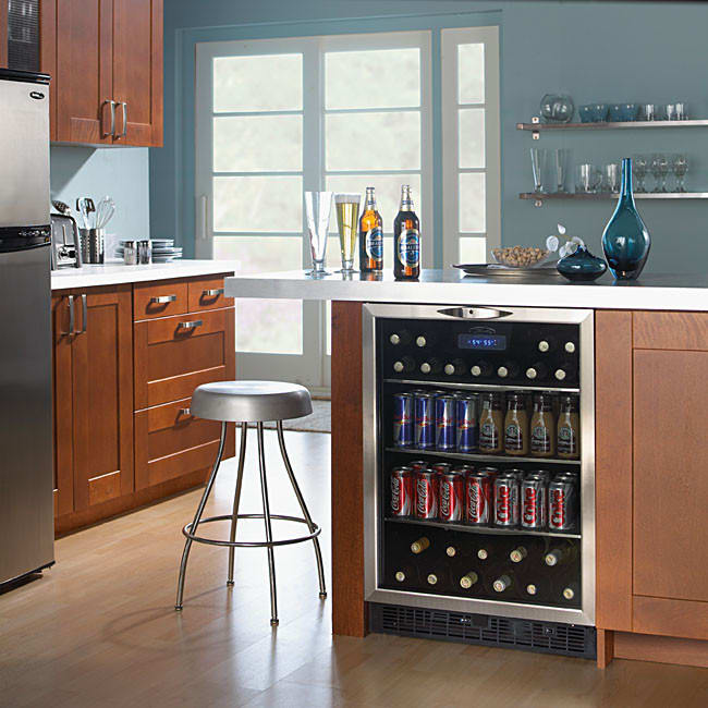 Danby Dbc514bls 24 Inch Built In Beverage Center With 11 Bottle Capacity 112 Can Electronic Controls And Reversible Door Black