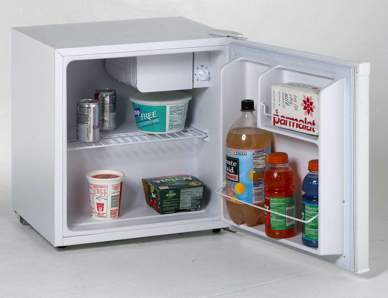 avanti rm170wf 1 7 cu ft compact refrigerator with 1. Black Bedroom Furniture Sets. Home Design Ideas