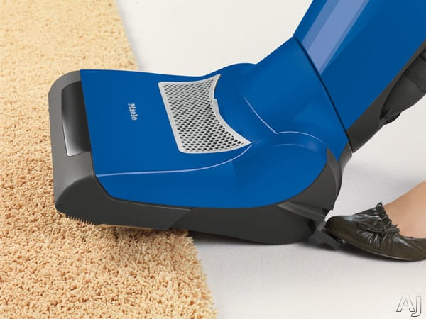 Miele S7210 Twist Upright Vacuum Cleaner With 1200 Watt