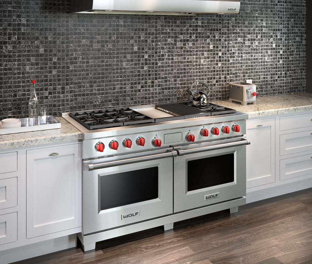 Wolf DF606CGX 60 Inch Pro-Style Dual-Fuel Range with 6 Dual ...