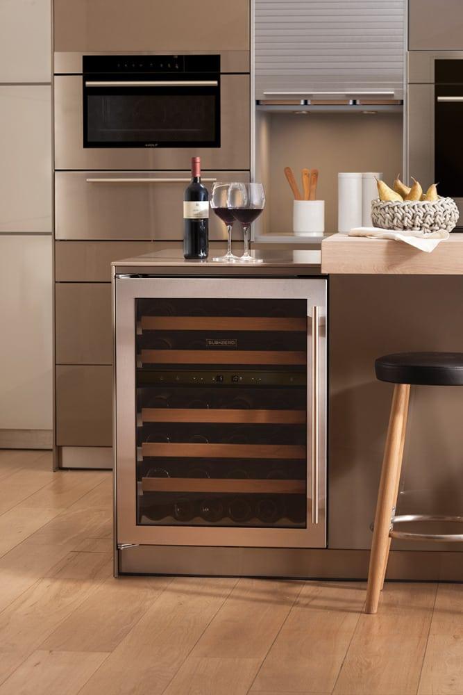 Sub Zero Uw24sthrh 24 Inch Undercounter Wine Cooler With