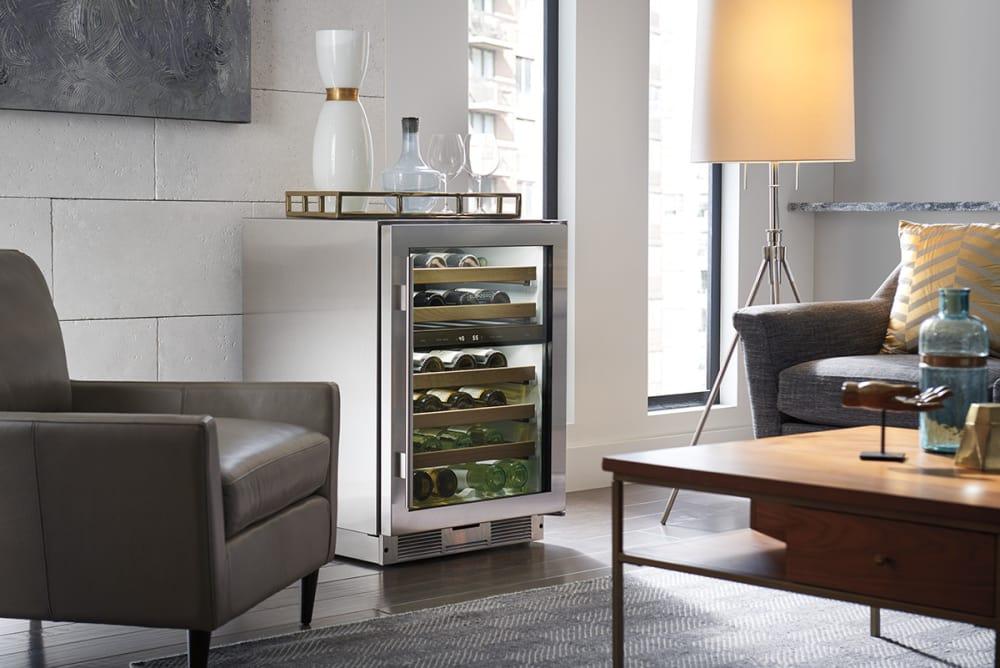 Sub Zero Uw24fssthrh 24 Inch Freestanding Wine Cooler With