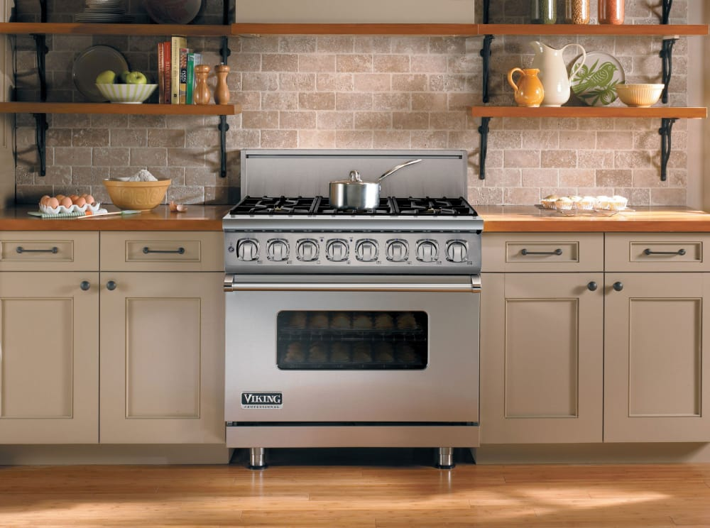 ... Viking Professional 7 Series VGR73616BSS   Viking Professional 7 Series  Ranges Are Restaurant Quality And