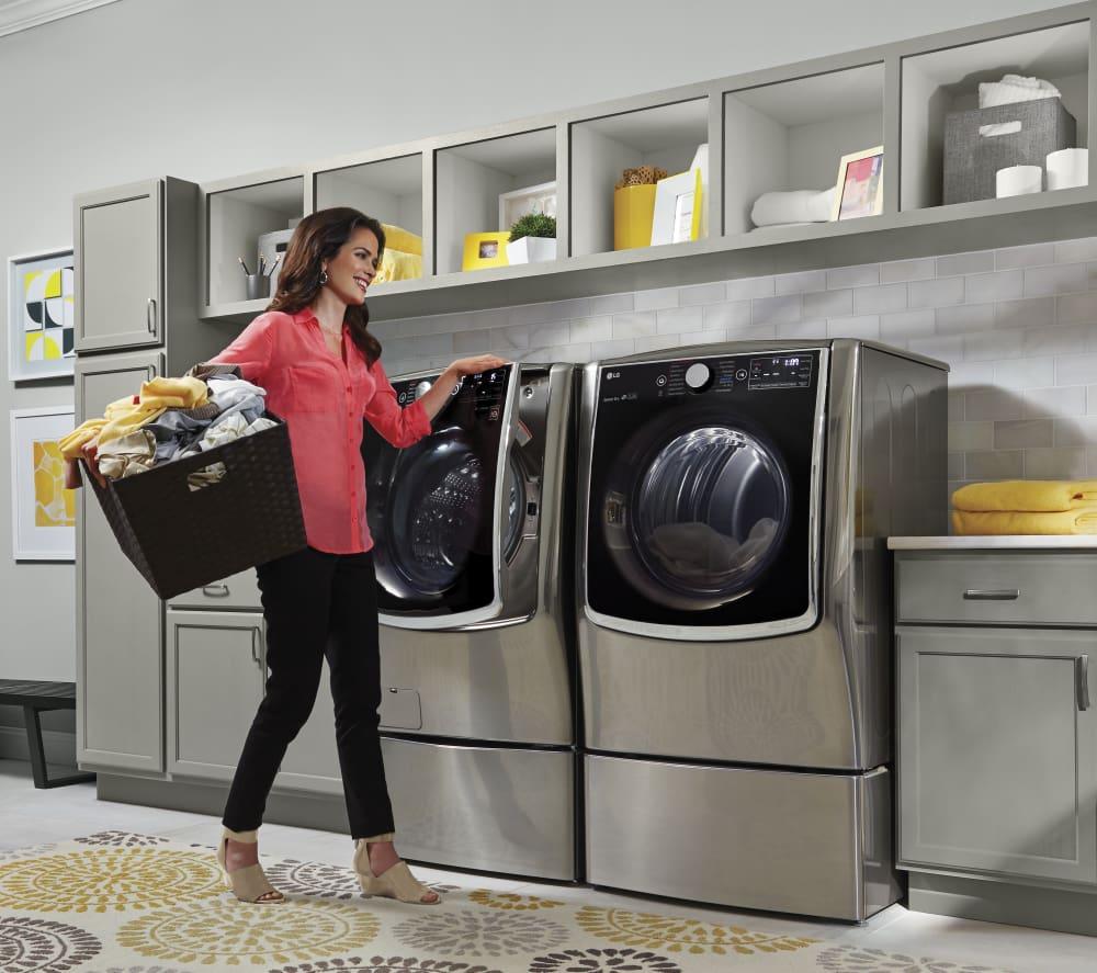LG TurboSteam Series DLGX9001V   This Dryer Matches The WM9000HVA LG Washer.