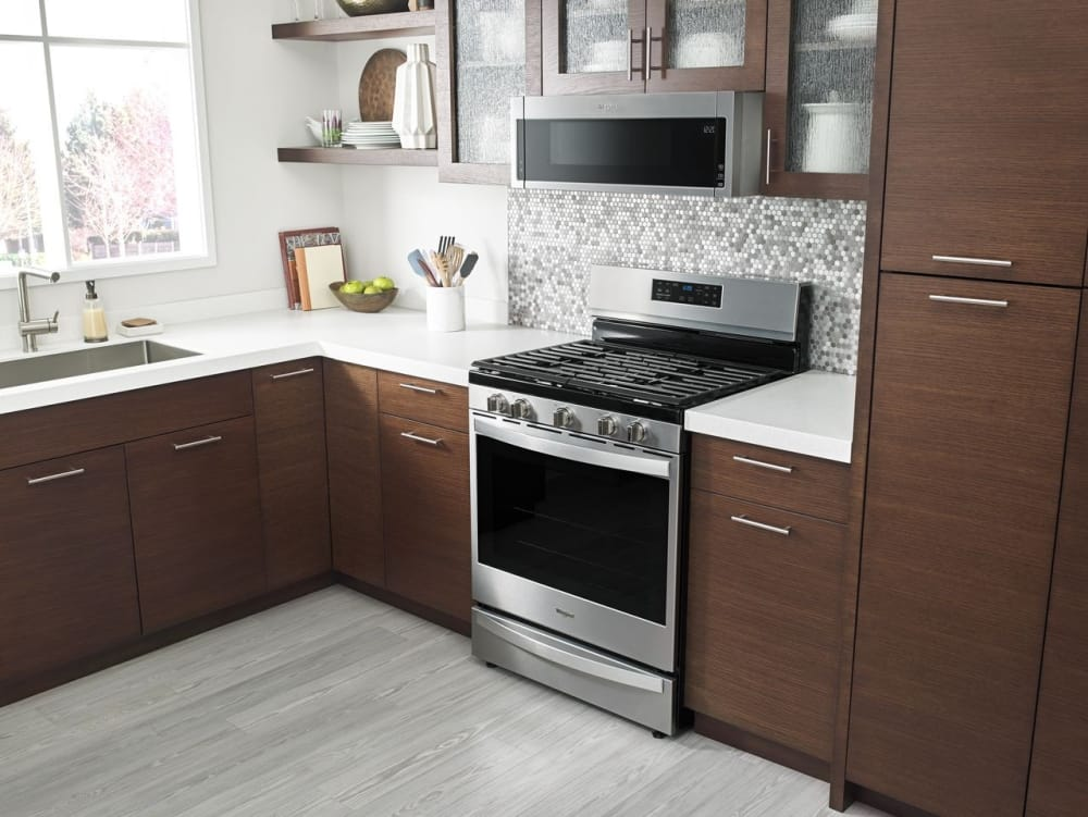 Whirlpool Wml55011hb Lifestyle View Pictured In Black On Stainless