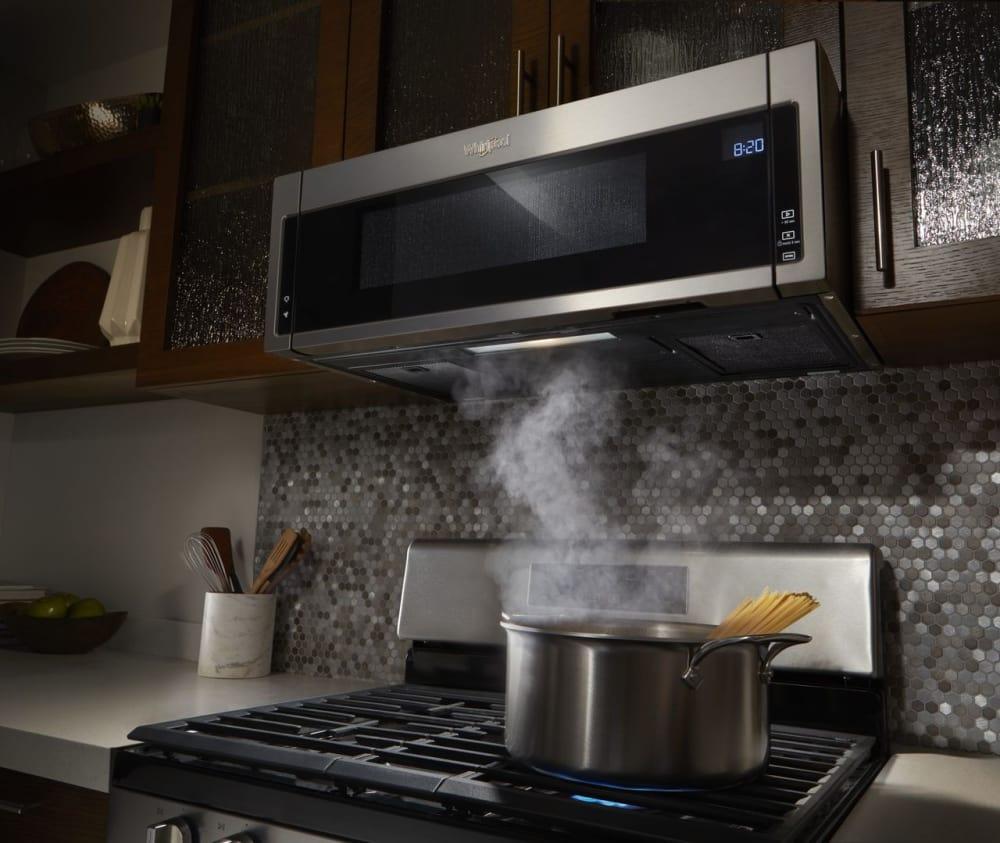 Whirlpool Wml75011hw 1 1 Cu Ft Over The Range Microwave