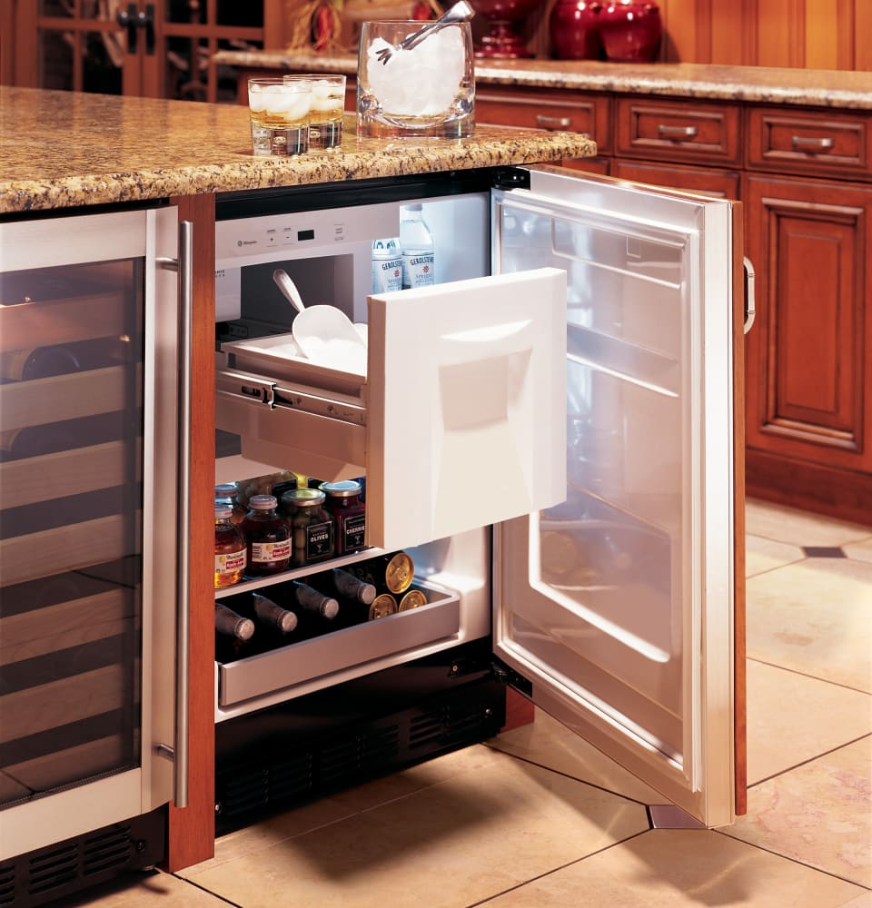 monogram zibi240hii 24 inch undercounter refrigerator with 4 25 cu  ft  capacity  spillproof