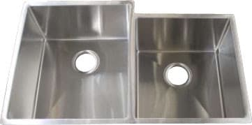 Frigidaire Gallery Series FGUR3320D99 - 18 Gauge 304 Stainless Steel Double Bowl Undermount Sink