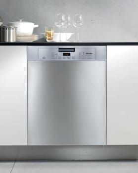 Miele Futura Crystal Series G5105SS - Clean Touch Steel