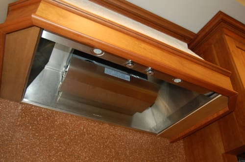 Vent-A-Hood Professional Series BH352PSLDSS - Featured View