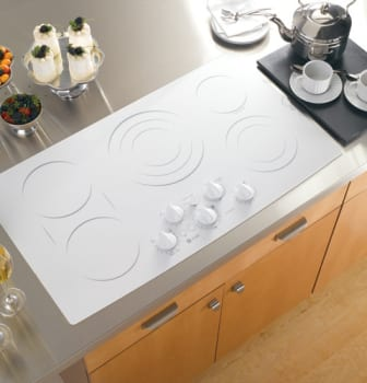 GE Profile CleanDesign PP962TMWW - True White