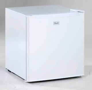 Avanti RM1721B - White